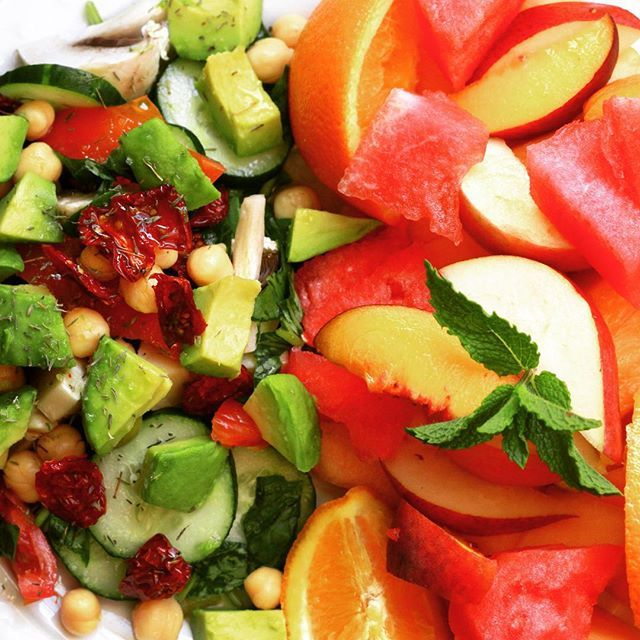 """""""Vegetables versus Fruits! Arugula salad with bell pepper, fresh basil, tomatoes, sun dried tomatoes, mushrooms, green olives, cucumber, chickpeas, and avocado, dressed with sea salt, dry thyme, lime juice and olive oil. Fruit salad of watermelon, canteloup, peach, apple, pear, orange and fresh mint. #glutenfree #vegan #salad #fruit"""" Photo taken by @petitebakeshoppe on Instagram, pinned via the InstaPin iOS App! http://www.instapinapp.com (08/23/2015)"""