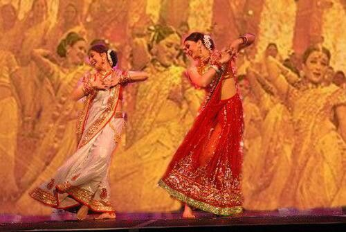 "Ashwariya rai and Madhuri dixit dancing to a song from the hit bollywood movie ""Devdas"""