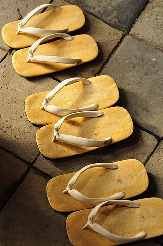 Japanese clogs -zori-