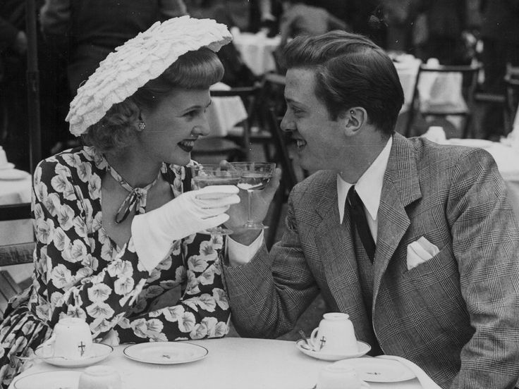 Sheila Sim and Richard Attenborough at the Film Garden Party, Morden Hall Park, Surrey, 1948. Getty Images.