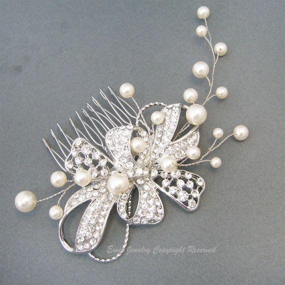 Hoi! Ik heb een geweldige listing gevonden op Etsy https://www.etsy.com/nl/listing/111329007/wedding-hair-combs-accessories-bridal