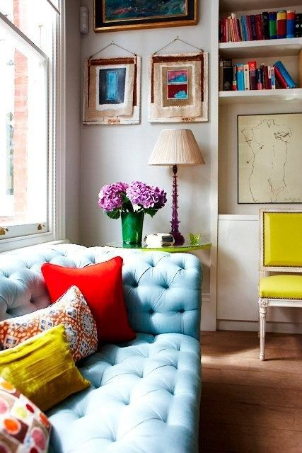 Interior design: Colour, Baby Blue, Colors Combos, Living Rooms, Blue Couch, Blue Sofas, Interiors Design, Design Home, Bright Colors