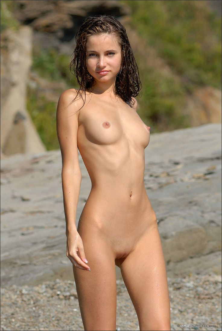 hot-naked-girls-with-names
