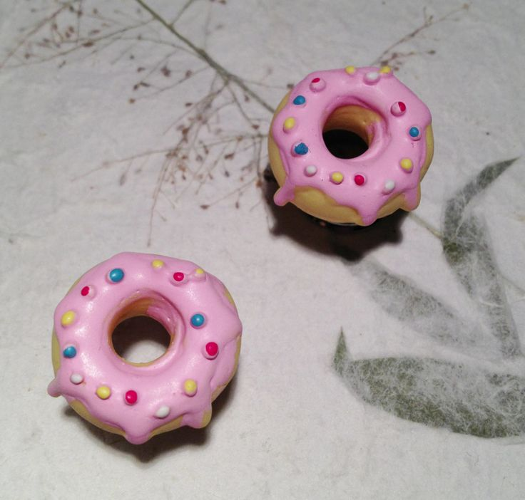 """Delicious Pink Donut Tunnels Gauged Earrings 10mm (3/8"""")(00g) 12mm (1/2"""") 14mm (9/16"""") 16mm (5/8"""") (BSD119). £9.99, via Etsy."""