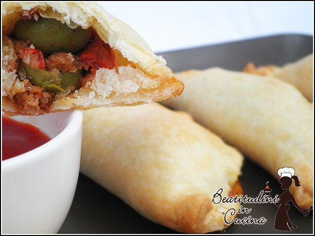 Le empanadas sono dei piccoli calzoni di pasta brisèe ripieni di carne, peperoni olive e spezie. Vieni a leggere la ricetta delle empanadas messicane!