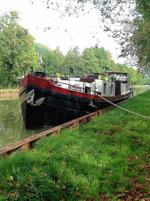 EuroTravelogue™: A barging holiday in France and life onboard Brave Bart