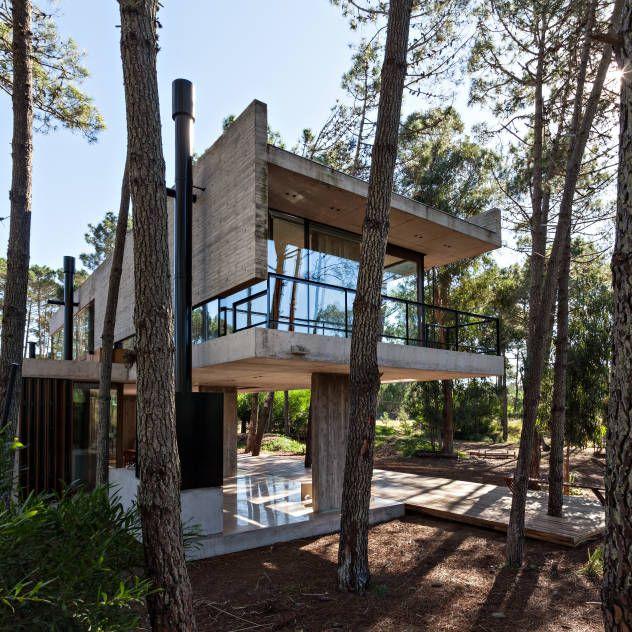 Die besten 25 waldhaus ideen auf pinterest moderne for Modernes waldhaus
