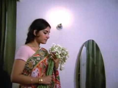 Rajnigandha phool tumhare Lata Mangeshkar Music Salil Chaudhary Lyrics Y...