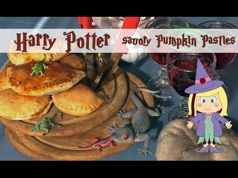 Poppy maakt… een Harry Potter geïnspireerde hartige Pompoen Pasteitjes. In deze instructie video zal ik je uitleggen hoe je deze Harry Potter geïnspireerde een Harry Potter hartige Pompoen Pasteitjes maakt. Veel plezier! Poppy makes… Harry Potter inspired savory Pumpkin Pasties.  In this video tutorial I will explain how you can make this Harry Potter inspired rememberall. Have fun! #Harry #Potter #AndTheCursedChild #video #tutorial #instructie #video #printable #knutselplaat…