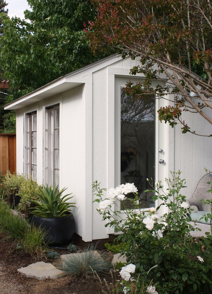 25 best images about shed quarters on pinterest pool for Garden shed jokes