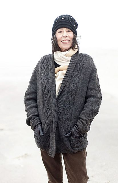 Poncho Jacket Knitting Pattern : 247 best CAPE, JACKETS AND PONCHOS KNITTING PATTERN images on Pinterest