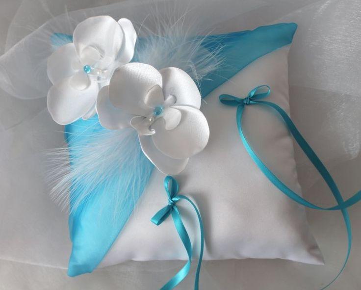 Coussin orchidée porte alliances,mariage, blanc(ou ivoire) et turquoise