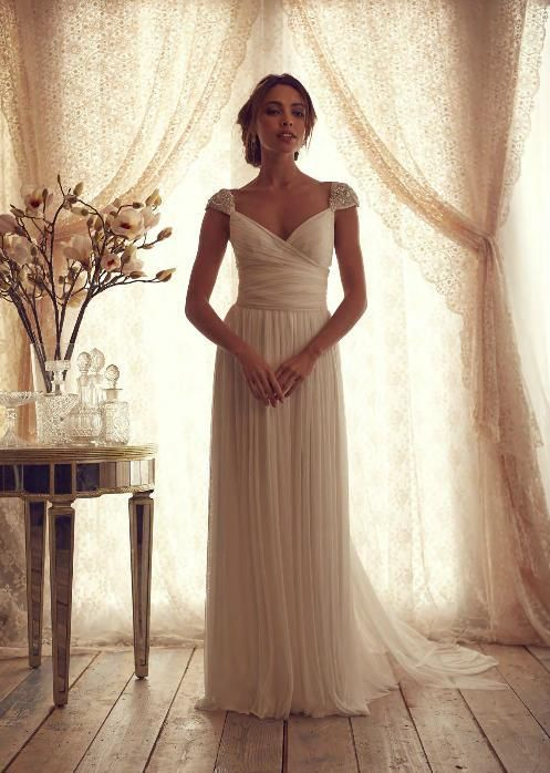 2014 V-Neck Beads Pleats Chiffon Wedding Dresses Bridal Gowns Online