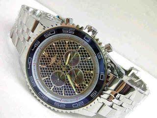 Jam Tangan Breitling Blue Glass Matic Harga : Rp 275.000,-  Spesifikasi : Tipe : jam tangan pria Kualitas : kw super Diameter : 4,5cm Tali : rantai Fitur : chrono aktif, tanggal, hari, daynight Mesin : automatic  Pemesanan : SMS : 081802959999 Pin BB : 270C3124  Format Pemesanan : nama, no.hp, alamat, barang yang dipesan