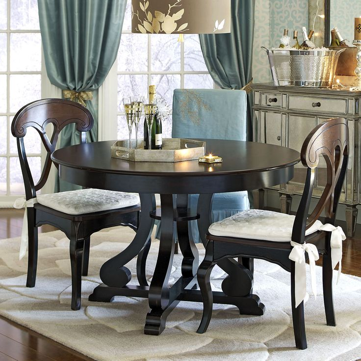 25 best ideas about Black round dining table on Pinterest  : 621dc12c0f010f743feab675ce11c1e6 from www.pinterest.com size 736 x 736 jpeg 111kB