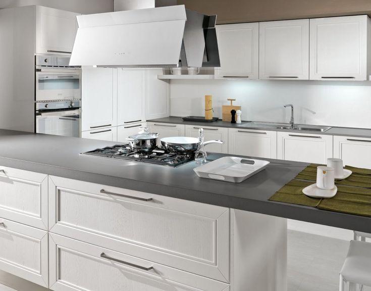 panoramica sulla cucina SAN GIMIGNANO proposta in frassino bianco