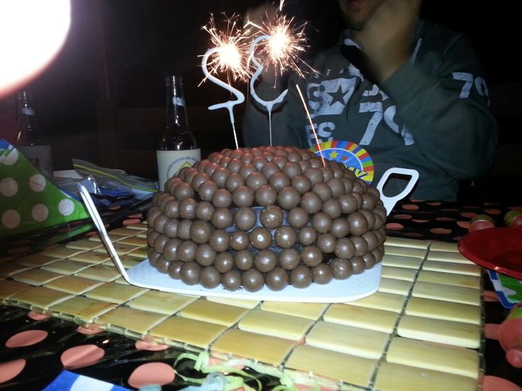 Awesome malteaser cake