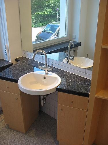 Unique badezimmerschrank aus ahorn Furnitures M bel der Tischlerei Notbusch u Novakovic aus Osnabr ck Germany