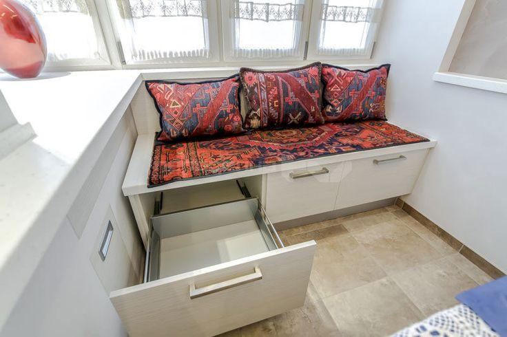 скамейка в дизайне кухни