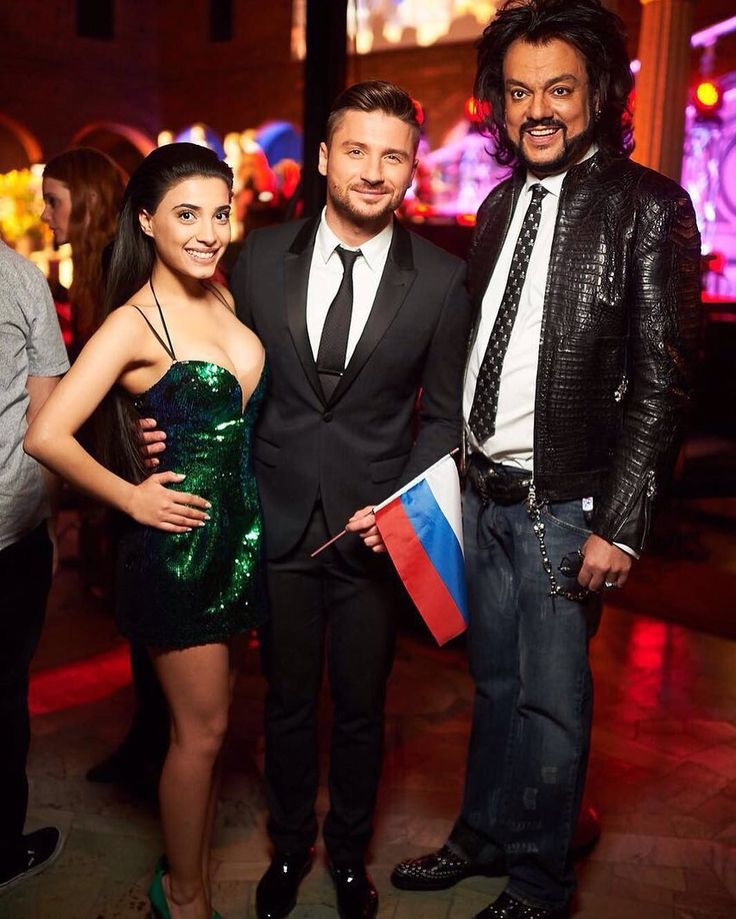 Me with @lazarevsergey and @fkirkorov #Russia #Samra #MiracleTeam #Eurovision2016 #Aze #ComeTogether2016 #Stockholm #RedCarpet by samraeurovision #Eurovision #Eurovision2016