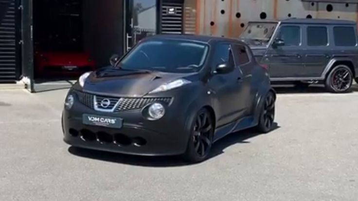 Nissan Juke-R with 700 hp for sale in the Netherlands