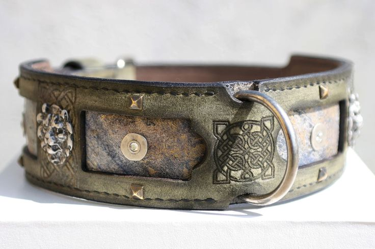 This strong and elegant dog collar is hand crafted using antique olive full grain leather (foreground layer) and nubuck leather (background layer). Margey Great Dane dog collar is completely hand stitched; it means that the collar is especially strong and durable. This unique leather dog collar is designed for large breed dogs such as Great Dane, Giant Schnauzer, Cane Corso, some Dogue de Bordeaux, Dogo Canario and other similar breeds.