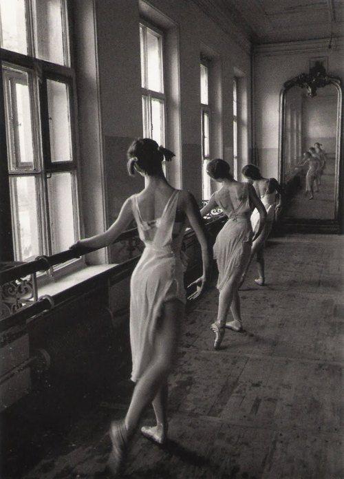Cornell Capa. Bolshoi Ballet School. Moscow. 1958