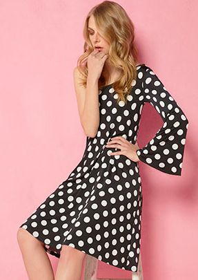 dress in polka dots with bared shoulder!!  visit our web site:htp://www.aliki-victoria.gr/gr/