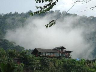 Bungalow in Sabah met 5 Slaapkamers, plaats for 11 personen Vakantieverhuur in Sabah van @homeaway! #vacation #rental #travel #homeaway