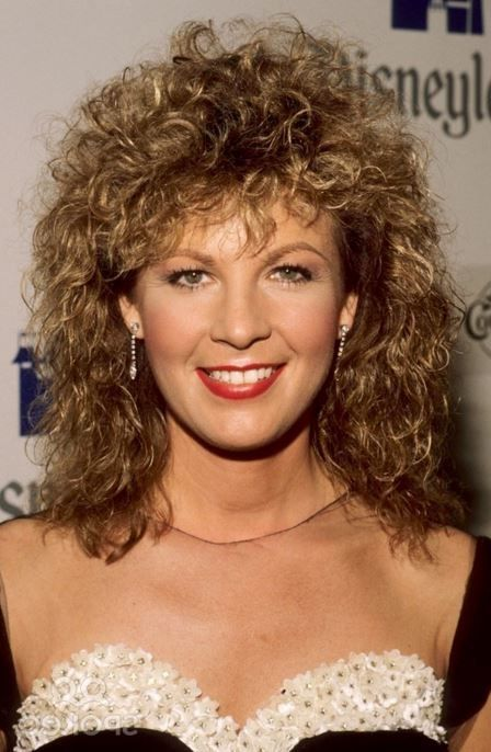 PATTY LOVELESS attends the 24th Annual Academy of Country Music Awards on April 10, 1989 at Walt Disney Studios in Burbank, California. http://www.spokeo.com/Patty+Loveless+1/Photos#21033021:107737201