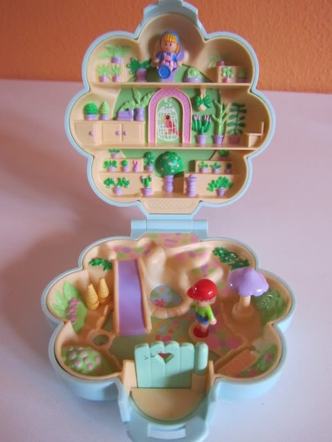 Yeah, that's right.   Polly Pocket were so punk. :)