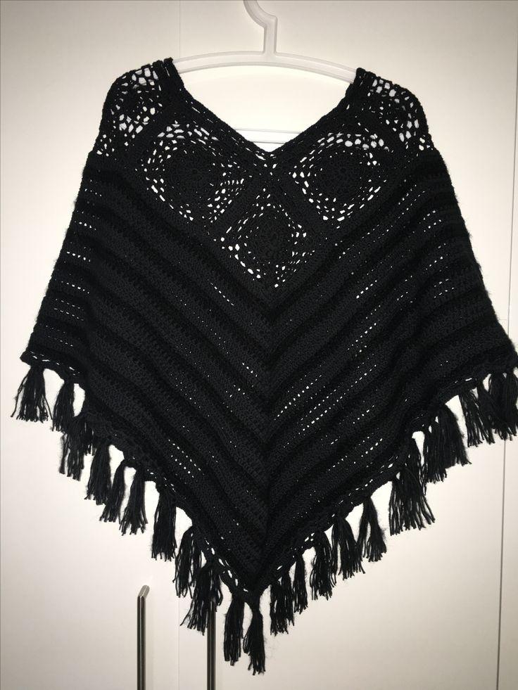 Poncho fra Drops. Hæklet i bomuld og mohair. #poncho #crochet #clothes