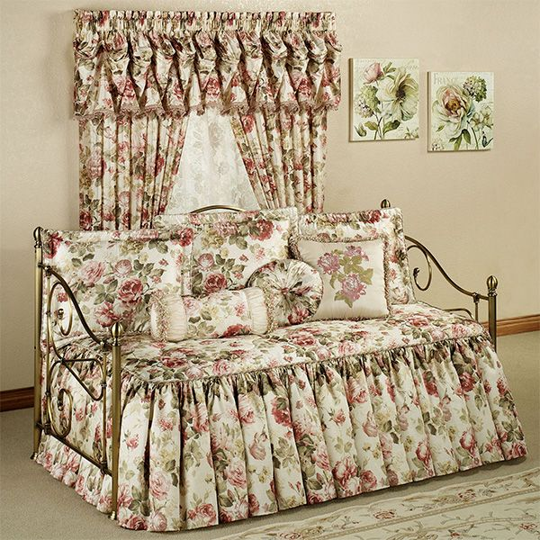 Springfield Floral Daybed Bedding Set In 2020 Shabby Chic Sofa
