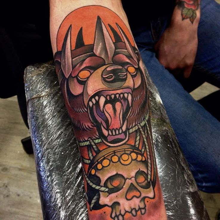 17 Best ideas about Traditional Bear Tattoo on Pinterest ...