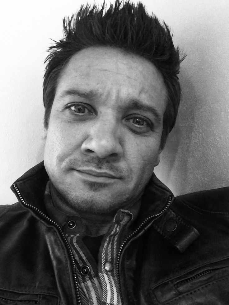 Someone has been practicing how to do selfies. Jeremy Renner