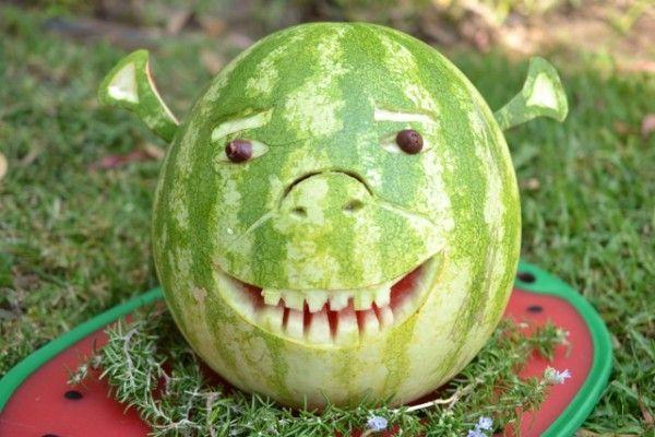 A Shrek watermelon carving (Shrek-ermelon?) #watermelon #watermeloncarving