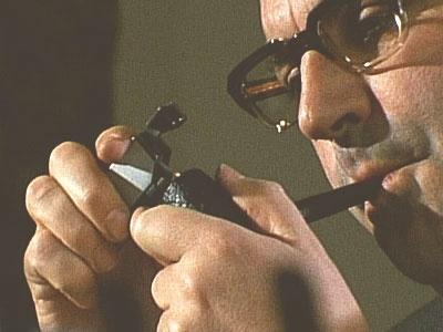 Helmut Kohl fumando en pipa.