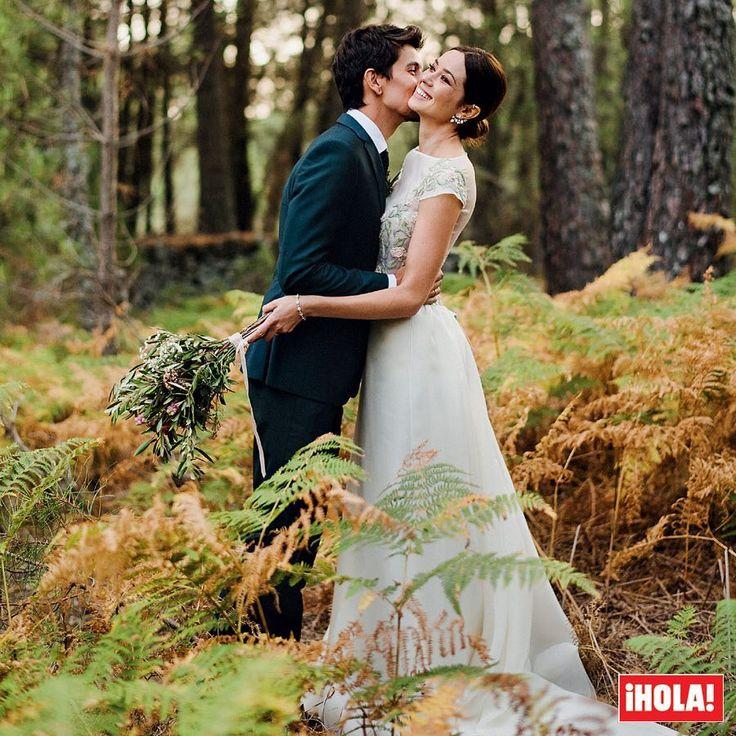 Esta semana en ¡HOLA!, entramos en la mágica boda de Dafne Fernández. La actriz dio el 'sí, quiero' al fotógrafo Mario Chavarría en un bosque idílico en Ávila. Imágenes exclusivas, detalles, anécdotas... en la revista que desde hoy tienes en el quiosco. ¡No te lo pierdas! ❤️ #dafnefernandez #mariochavarria #boda #avila #novios #hola #revistahola