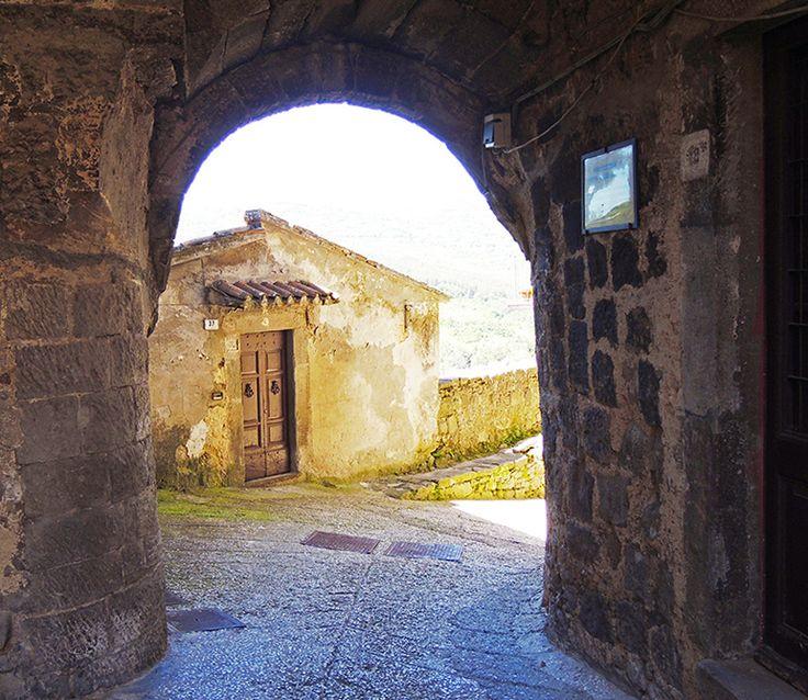 Santa Fiora, Tuscany -Typical home. #santafiora, #tuscany