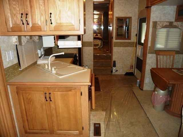 """2006 Used Newmar Cypress Fifth Wheel in Oregon OR.Recreational Vehicle, rv, 2006 Newmar Cypress 34BLSK,Three slideouts. Like new condition, used three times. Stored under cover. Plastic cover still over carpet. Stove and oven never used. Factory coffee maker never used. Hide-a-bed never used, two rocker recliners never used. Has Norvent DVD & Amplifier surround sound system, DVD/CD/MP3/HDCD/CD-R/CD-RW Dolby Digital. Also Sanyo 26"""" HDTV/LCD television in living room. Ceiling fan in living…"""