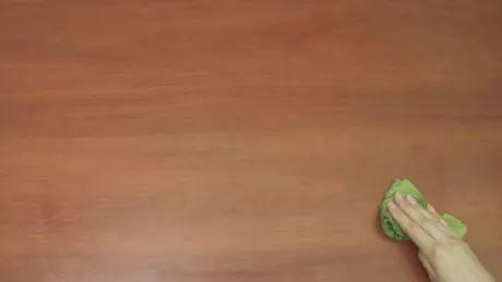 Bildtitel Make Furniture Polish Using Olive Oil Step 7 preview