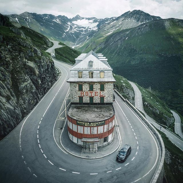 Up the winding roads of Switzerland A couple of days ago I ...