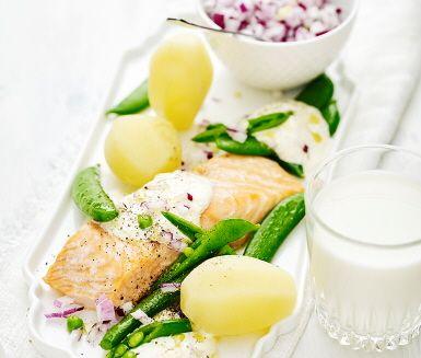 Lax med romsås och salladsärter | Recept ICA.se