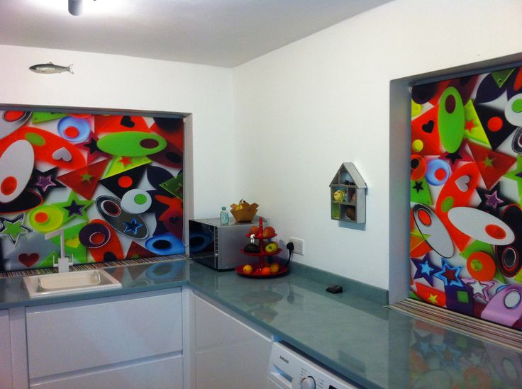 These were the customers own images which they had taken and they do look very effective when installed in their kitchen http://www.artfeverblinds.co.uk