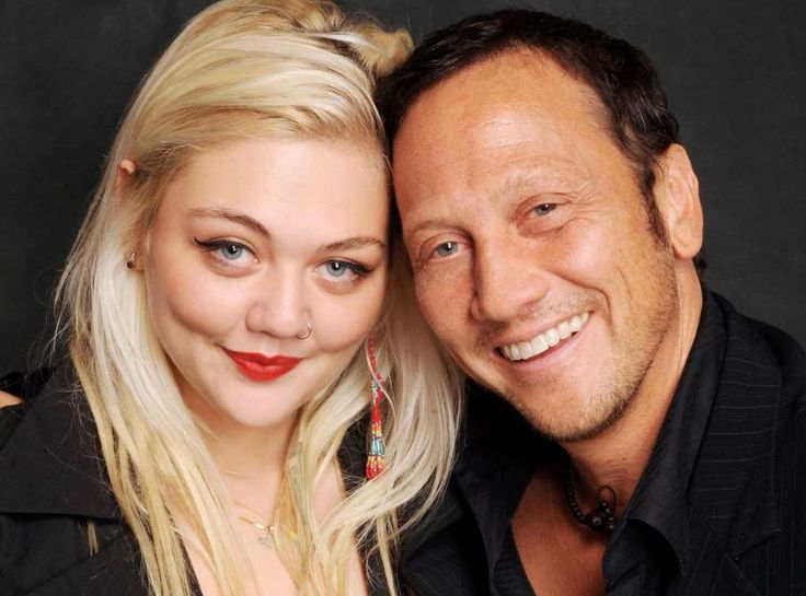 CELEBRITIES You Didn't Know Were RELATED {*} Elle King and Rob Schneider {*} The blues-rock singer is daughter to none other than comedian Rob Schneider. Crazy, we know. © Michael Schwartz/WireImage