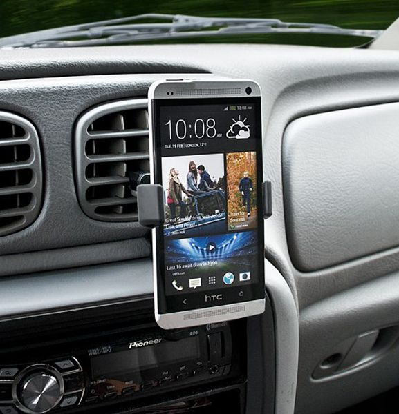 Bracketron Mi-T Smartphone GPS & MP3 Air Vent Holder: Rotating head can swivel 360 degrees Securely holds your device with or without a…