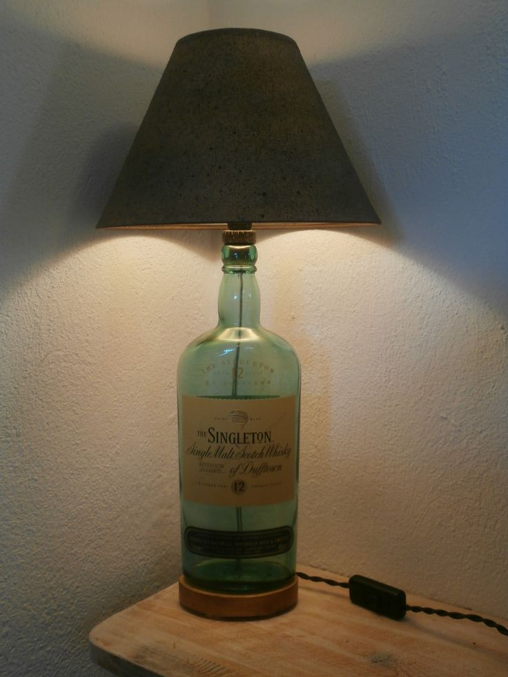 Singleton's Malt Whiskey bottle lamp.