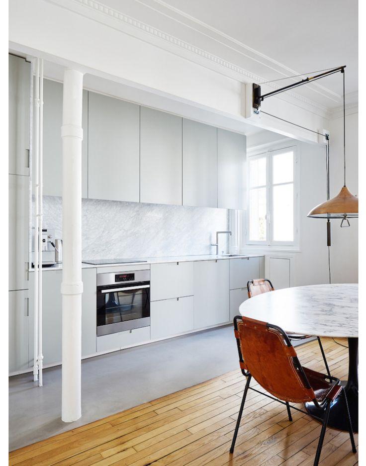 Parijs appartement vol zwart, wit en marmer | Nibo Stone | www.nibostone.nl   Bron: InteriorJunkie