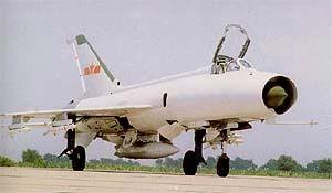 La variante básica J-8 no tiene radar y sólo puede combatir de día y con buen tiempo. La versión modificada J-8A está provista de una mira óptica SL-8, un radar telemétrico Type 204, y un rear warning receiver (RWR) Type 903. La versión MLU J-8E podría estar provista de un IFF, RWR, HUD y un nuevo radar de control de armas.