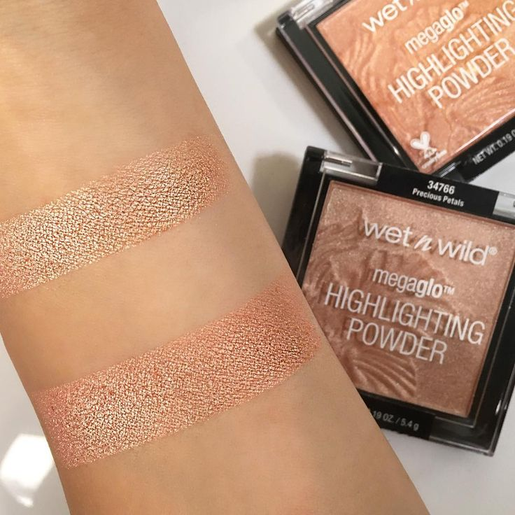 @iluvsarahii swatches @wetnwildbeauty Summer Limited Edition Mega Glo Highlighting powders . Precious Petals and Crown of my Canopy